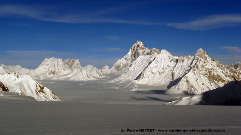 Snow Lake, Sim Gang glacier et le Baintha Brakk