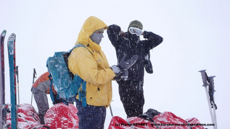 Tempête sur le glacier de Sim Gang