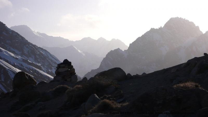Au dessus de la gorge de la Pamir-i-Tang