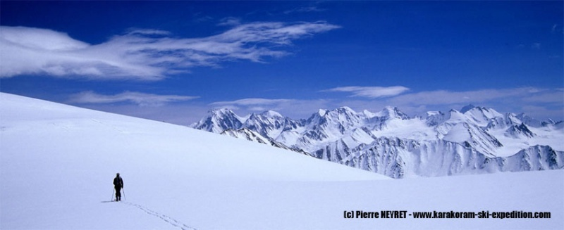 Au Lupke la (5540m), vue sur les Wesm Mountains