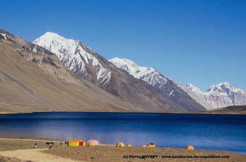 Camp de rêve au lacKarambar