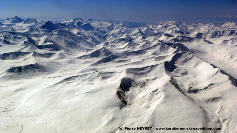 Survol du Cachemire pakistanais