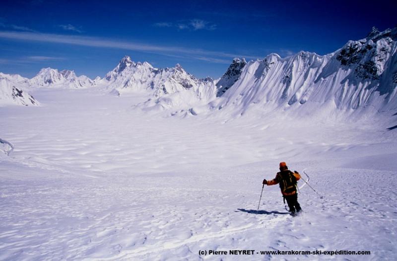 Ski au col d Hispar, vers Snow Lake