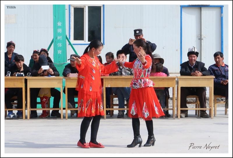 Danse kirghize a Yilik, vallee de Yarkand