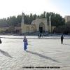 Kashgar, la grande place devant la mosquée Aid Kah