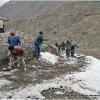 Neige sur la piste en arrivant sur le Boroghil, 3400 m