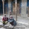 A Askole, les patriarches devant la vieille mosquée