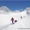 Derriere le 3eme col s ouvre l immense bassin du Chikzar glacier