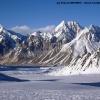 Braldu glacier et Wesm Mountains