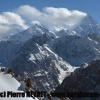 Le groupe des Gasherbrum à gauche, Broad peak et K2