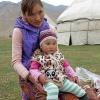 Maman kirghize à Tash Rabat