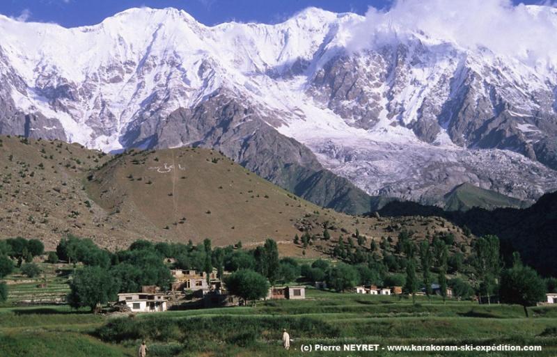 Le village de Tarshing sur le versant Rupal du Nanga Parbat