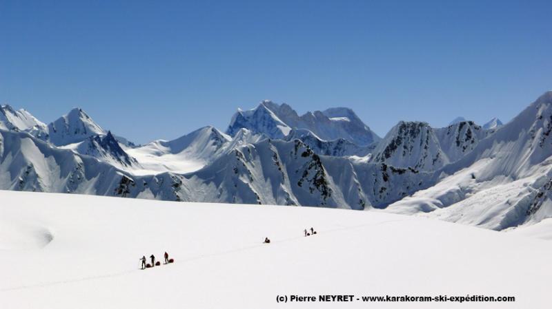 Dernières heures sous le Lupke La, Wesm mountains en arrière plan