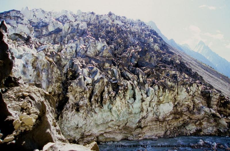 Glacier de Chilinji en crue