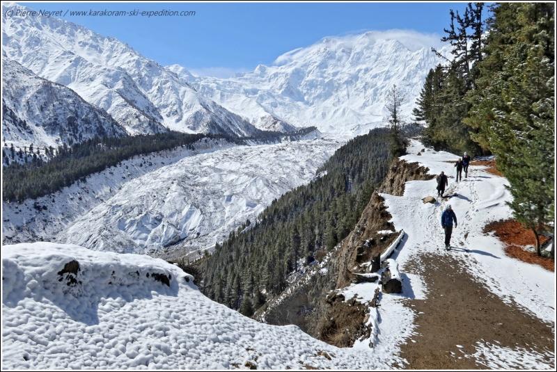 Nanga Parbat depuis Fairy Meadows