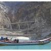 Attabad lake et le viaduc de la nouvelle KKH qui sort de la montagne