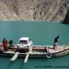 Traversée du lac de Attabad